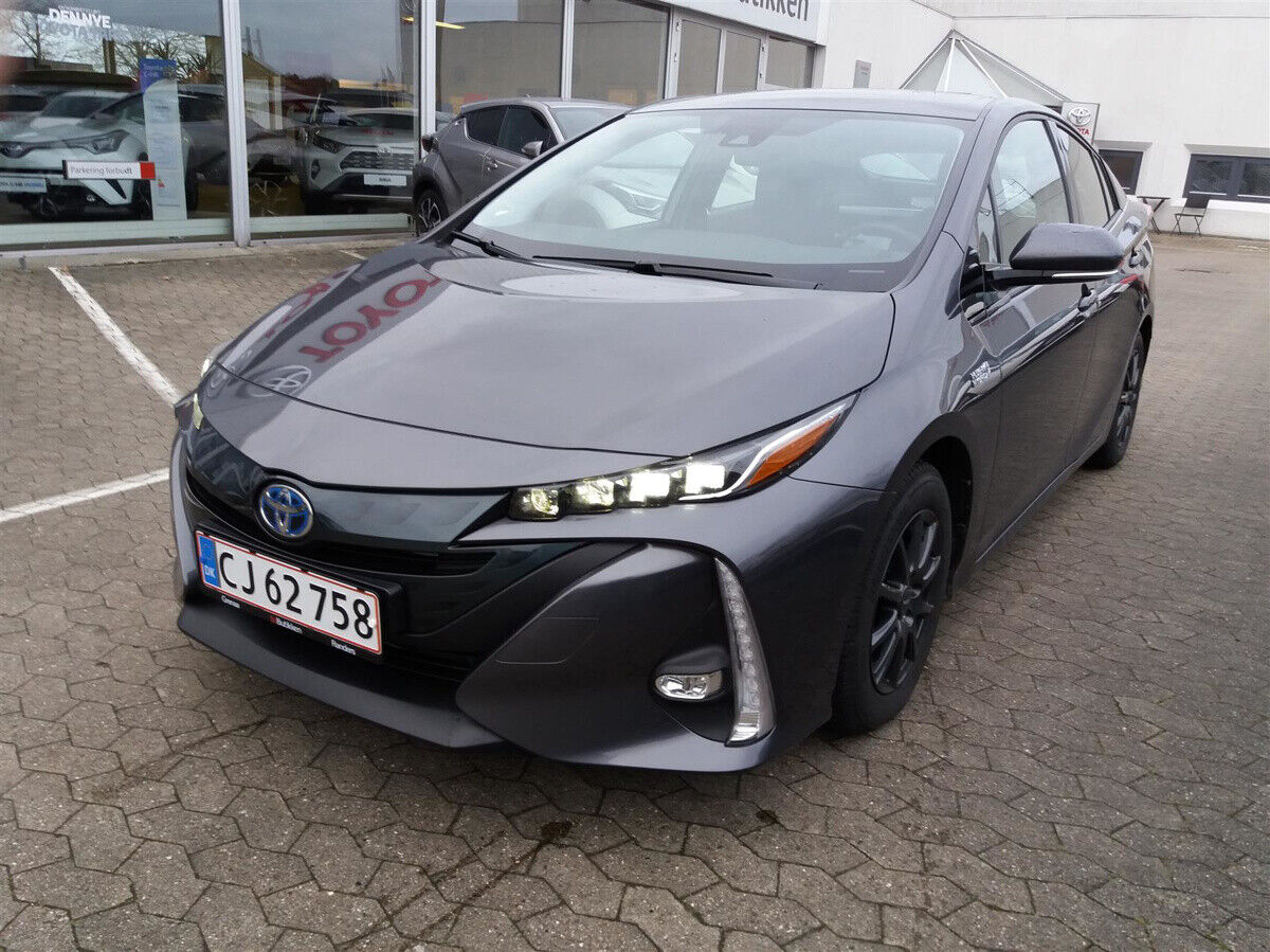 Toyota Prius 1,8 Plug-in Hybrid H3 MDS 5d - 259.900 kr.