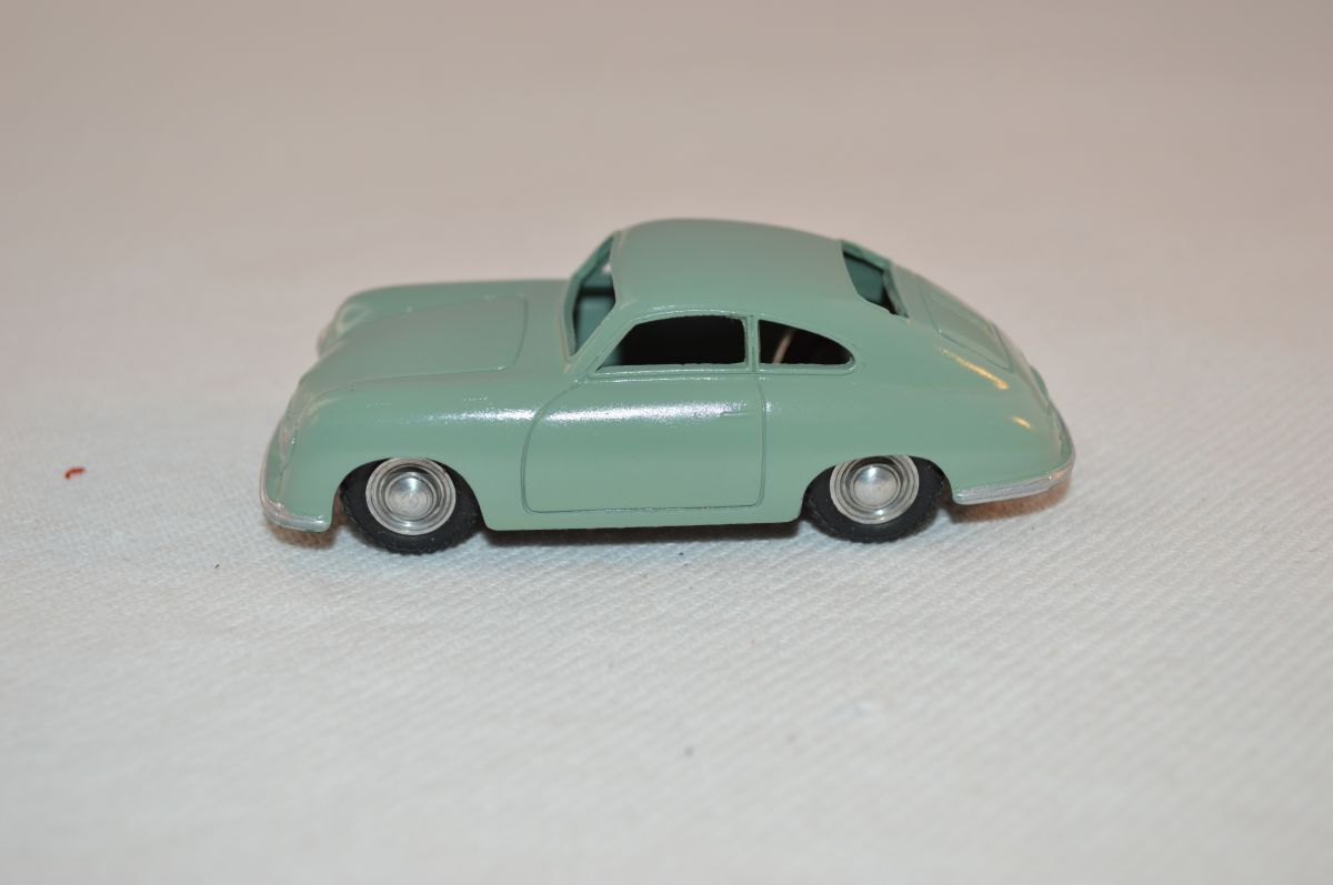 Marklin 5524     2 Porsche 356 Coupe green mint repainted condition 5d78ae