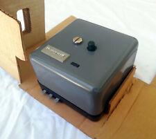 New Listingnew Honeywell Ra890 F 1361 Flame Safeguard Protectorelay Burner Control