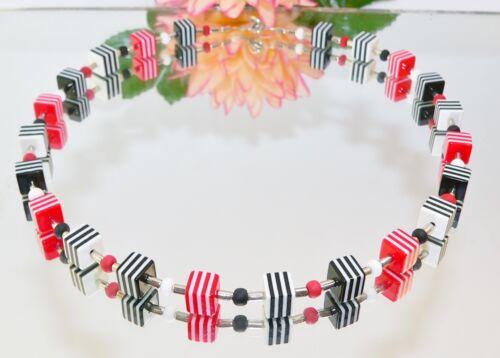 Halskette Würfelkette Kette Würfel Harz Resin schwarz rot weiß mehrfarbig 024a