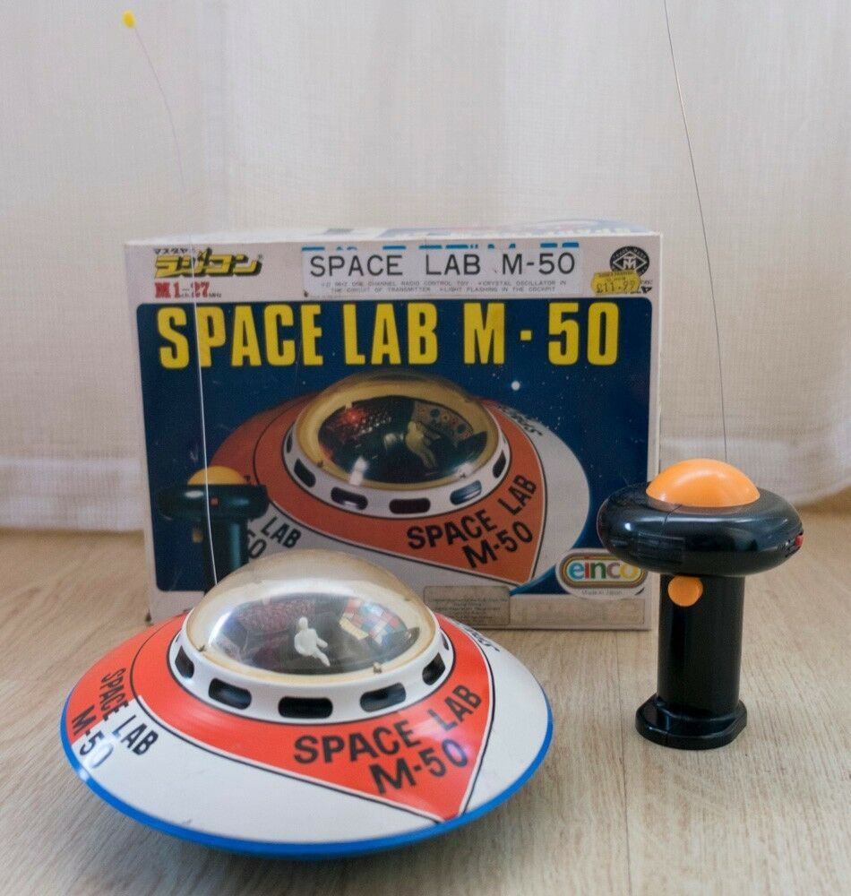 Modern Toys UFO Space Lab M-50 radio control OVNI juguete Tin toy Made in Japan