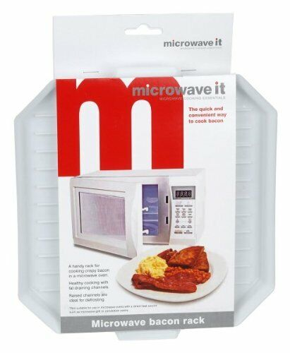 Microwave It Microwave Bacon Crisper cooking bacon in a microwave