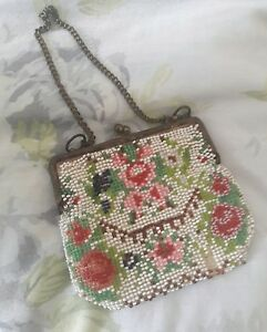 Antique victorian  glass bead pretty small purse bag beaded flower detail - england, United Kingdom - Antique victorian  glass bead pretty small purse bag beaded flower detail - england, United Kingdom