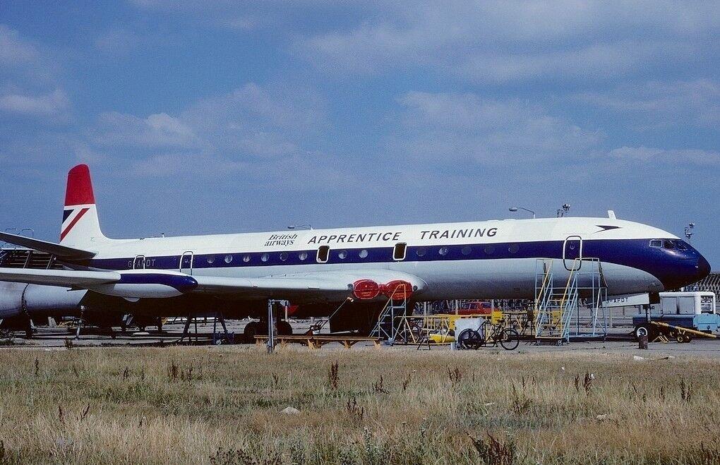 WB106BA1218 1/200 British Airways Lehrling Training Dh-106 Comet 4 G-Apdt Wstd