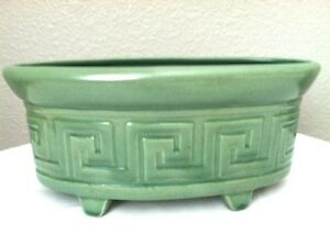 Vintage-RED-WING-Green-Classic-GREEK-KEY-PLANTER-748-9-5-034-Oval-Herb-Window-Box