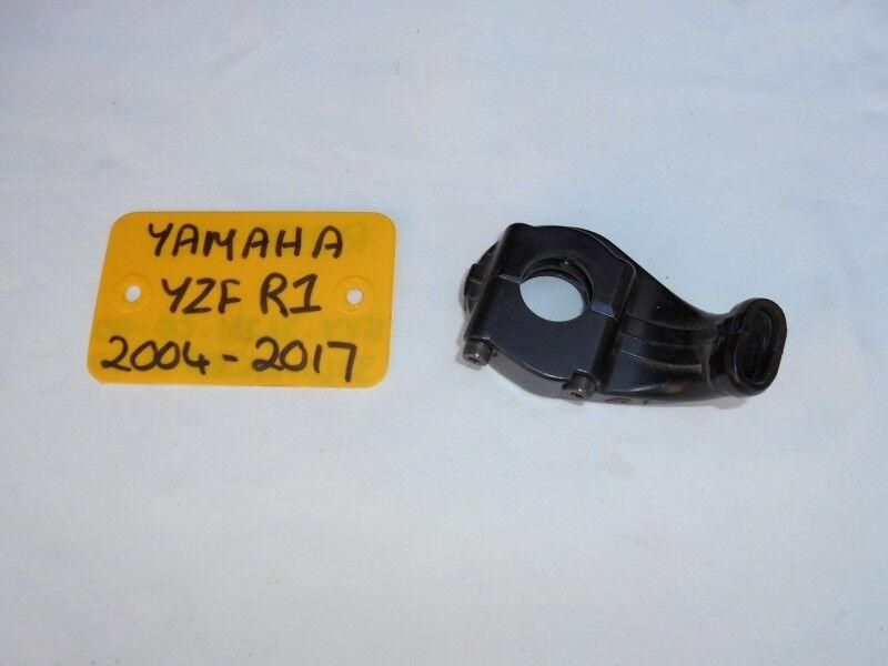 YAMAHA YZF R1 THROTTLE CABLE HOLDER SET 04-17