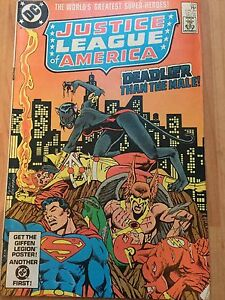 Justice League America 221 - <span itemprop=availableAtOrFrom>London, United Kingdom</span> - Justice League America 221 - London, United Kingdom