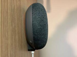 Google-Home-Mini-hidden-wall-mount