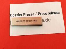 PORSCHE USB Stick mit Pressemappe Paris 2018 * MACAN / 911 Speedster / 70. Jahre