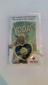 STAR-WARS-YODA-PIN-VARIETY-2013-Heart-Shaped-Gold-Black-COLLECTIBLE-JEDI-NIP