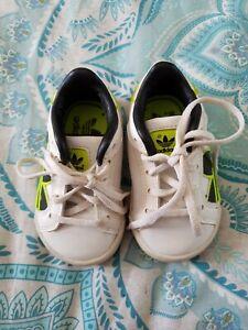 borde educar Cardenal  Baby Newborn Infant Boys ADIDAS White Sneakers Shoes size 4K US B33   eBay