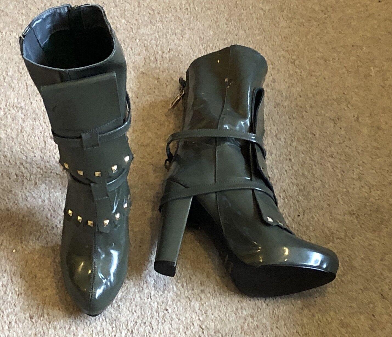 CUSTO Barcelona boots ,UK4,EU 37  khaki green  ,Brand new,100% Authentic