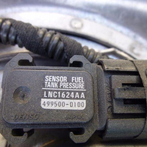 1998-1999-2000-2001-2002-2003 JAGUAR XK8 FUEL TANK PRESSURE SENSOR LNC1624AA