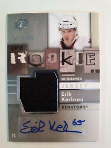 Erik-KARLSSON-2009-10-UD-SPX-ROOKIE-JERSEY-AUTO-421-799-RC-Autograph-165