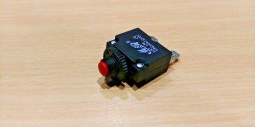 125//250VAC 32VDC 15 A Interruttore automatico dispositivo di protezione contro il sovraccarico Interruttore Con Fusibili ripristinabili