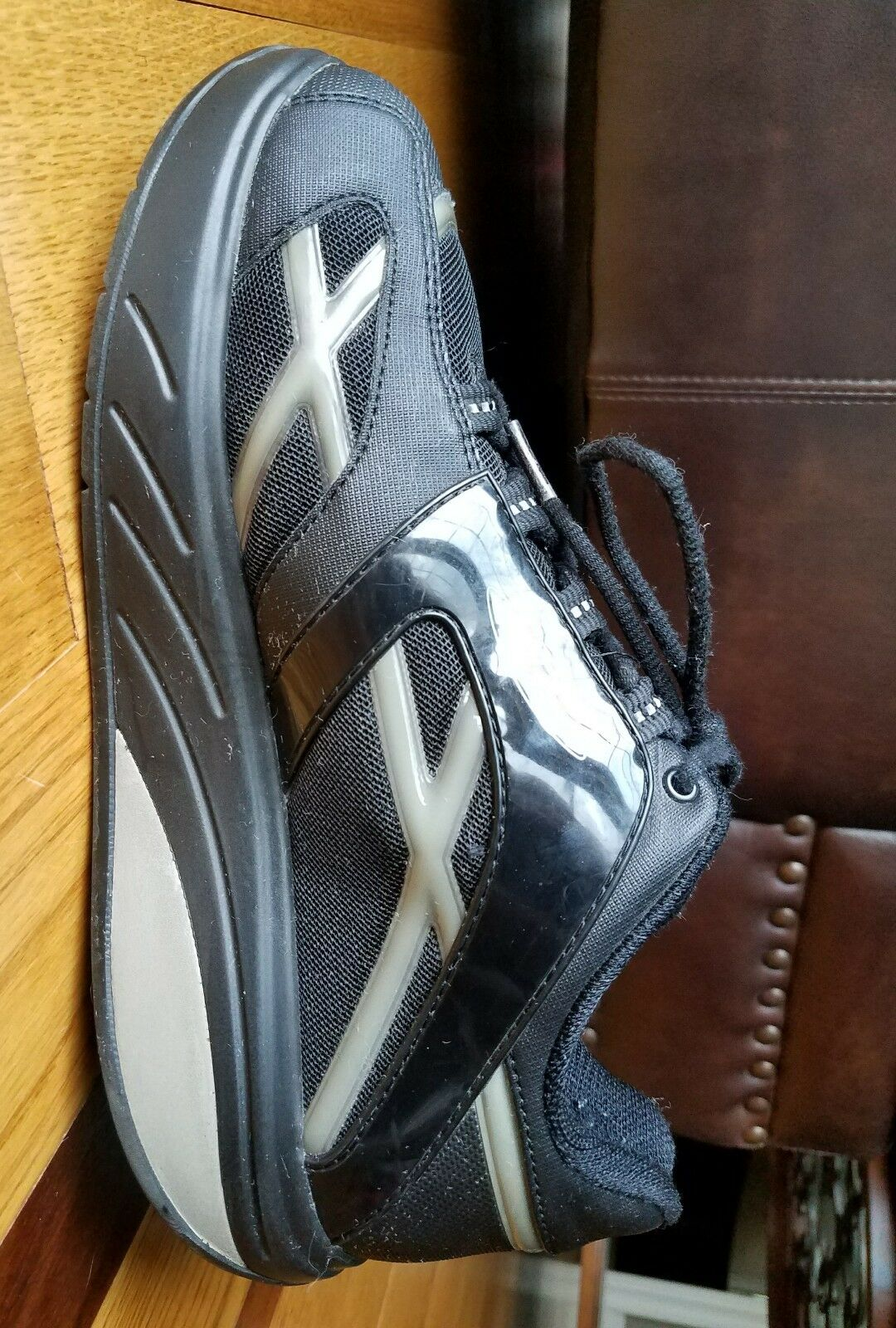 MBT Women's Black Striped Rocker Sneaker Athletic shoes     400108-46 Size 9.5 fdf3e1