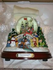 """RARE The Bradford Exchange """"An Old Fashioned Disney Christmas"""" Musical Globe"""