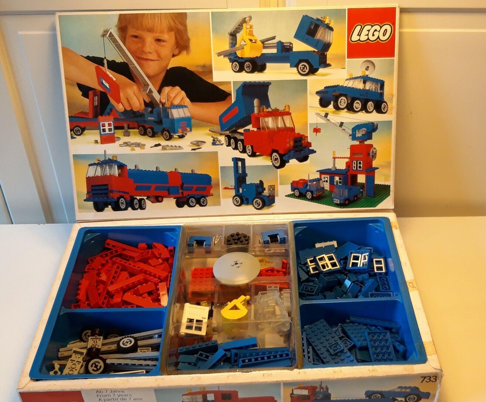 Lego 733 Basic Set, vintage (1980),100% box intructions.