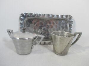 Everlast-Aluminum-Hammered-Hand-Wrought-Creamer-Sugar-Tray-Mid-Century-3-pcs