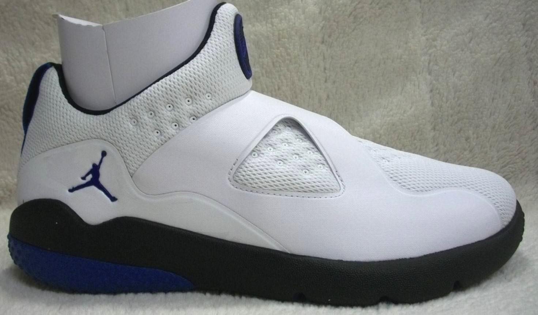 Nike Jordan Trainer Essential 888122 104 Men's Size 10 Mfg Ret