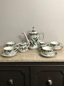 Vintage-1964-Complete-Set-Lefton-China-Christmas-Holly-Garland-Coffee-Tea-Set