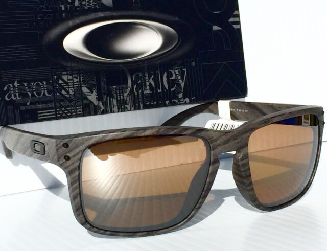 b273d12bf5e NEW  Oakley HOLBROOK Woodgrain w POLARIZED Bronze Lens GOLF Sunglass 9102-43