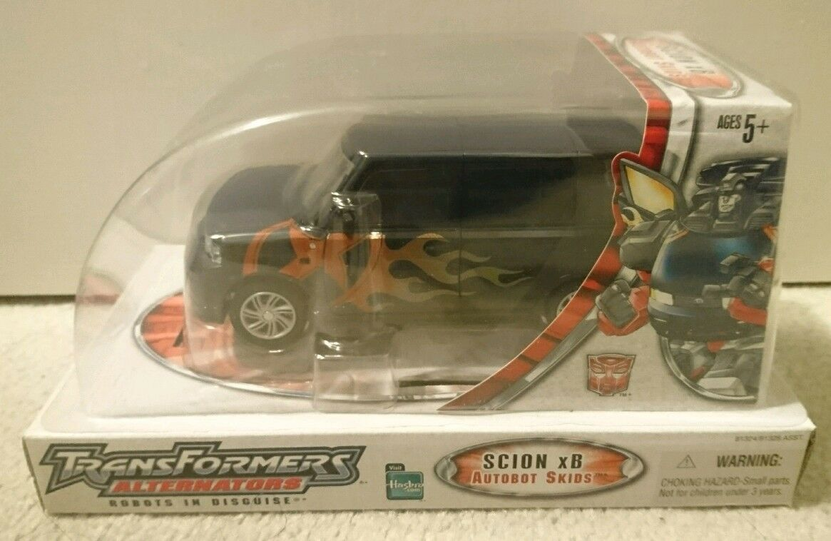 TRANSFORMERS ALTERNATORS AUTOBOT SKIDS SCION XB MISB