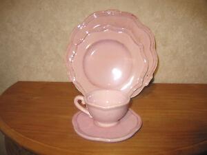 *new* Rose Pink Set 18 Pièces Assiettes + Tasses Set Plates + Cups Prague Prix ModéRé