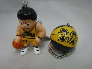 NCAA-LICENSED-PRODUCT-MICHIGAN-WOLVERINES-BASKETBALL-KEY-CHAINS