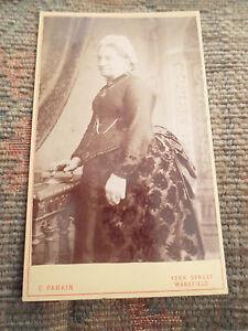 Antique-CDV-Photograph-OLDER-LADY-By-G-Parkin-York-Street-Wakefield-Victorian
