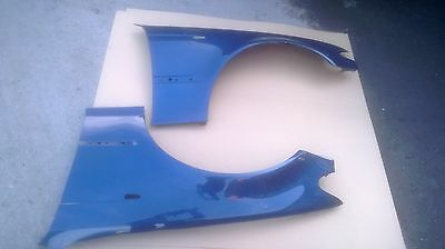 NEW FRONT WINGS - LEFT + RIGHT - 364 Topaz Blue BMW 3 series E46 4-dr Sal/Est