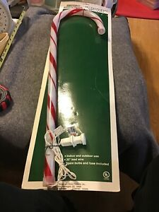 Happy-Holidays-28-Lighted-Christmas-Candy-Cane-Yard-Decorations