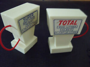 2  POMPES  A  ESSENCE  POUR  GARAGE  STATION   SHELL  MGF  1970  VROOM  1//43