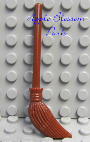 Friends//Belville//Harry Potter Kitchen Utensil NEW Lego Minifig BROWN BROOM