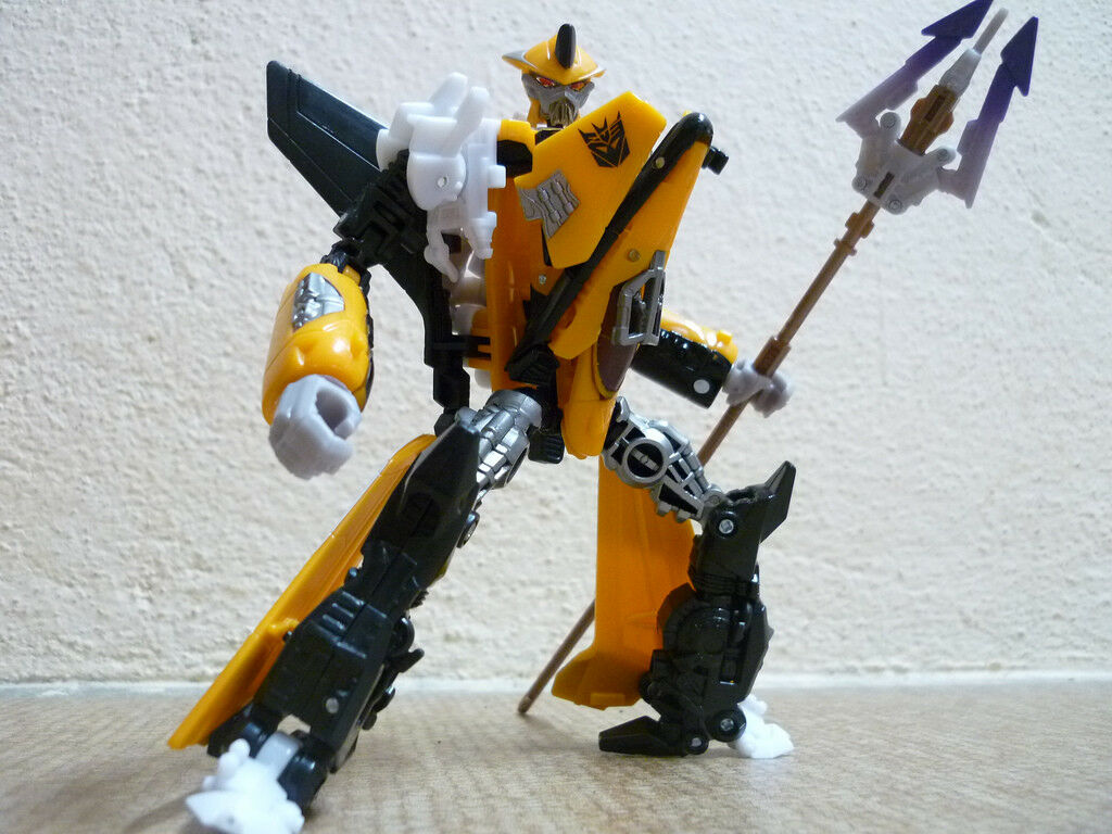 Transformers Hunt For The Decepticons TERRADIVE Complete Hftd Deluxe