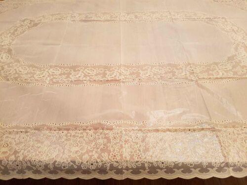 Parti traditionnel événements Plain vérifié Material Fabric ou PVC TABLE CLOTH salle à manger