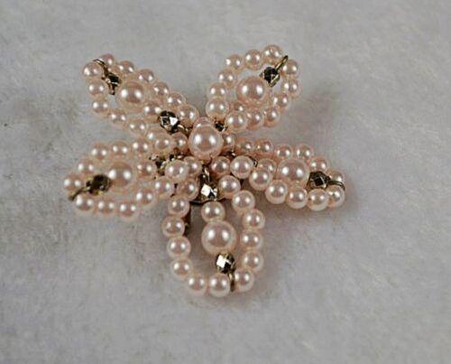 Women Gorgeous Handmade Pearl Flower Brooch Brooche Hat Dress Pin Gift