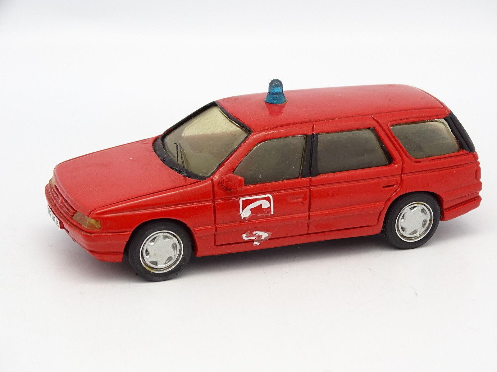 Mini ROUTE Resin 1 43 - Peugeot 405 GL Station Wagon FIRE BRIGADE