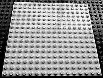 LEGO 1 x GREEN PLATE Base Board 16x16 Pin 12.8cm x 12.8cm x 0.5cm BRAND NEW