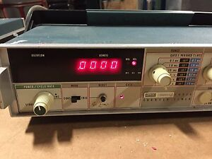 Powers On Fluke 1953A Counter Timer