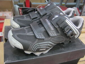 Specialized-Comp-MTB-shoes-New-in-a-Box-mountain-black-size-36