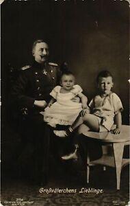 CPA-AK-Kaiser-mit-Kinder-GERMAN-ROYALTY-867435