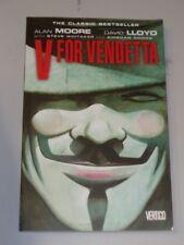 V For Vendetta by Alan Moore and David Lloyd Vertigo (Paperback)< 9781401208417