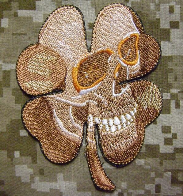 PIRATE SKULL CLOVER MILITARY USA ARMY MORALE TACTICAL ARID DESERT HOOK PATCH