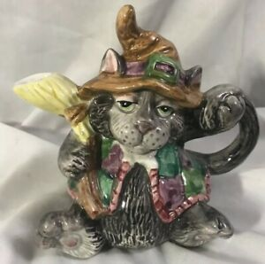 RARE! FITZ & FLOYD ~ HALLOWEEN HOEDOWN HILLBILLY WITCH CAT CREAMER ~ 1982