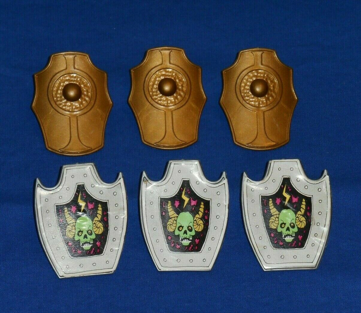 Vintage DEFENDERS OF THE PLANETS SHIELD LOT x6 parts accessories