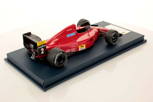 LookSmart Ferrari 641 F1 #2 Mansell Winner Portugal 1990 with showcase 1//18