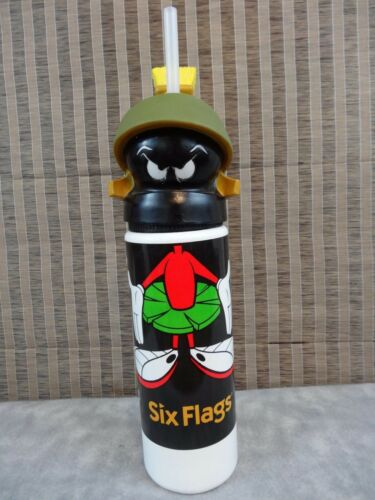 1993 MARVIN THE MARTIAN SIX FLAGS PLASTIC FIGURE DRINK BOTTLE LOONEY TUNES