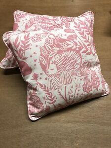 Clarke-amp-Clarke-Hedgerow-Pink-F0673-01-Cushion-16-Zipped-Piped-Pad