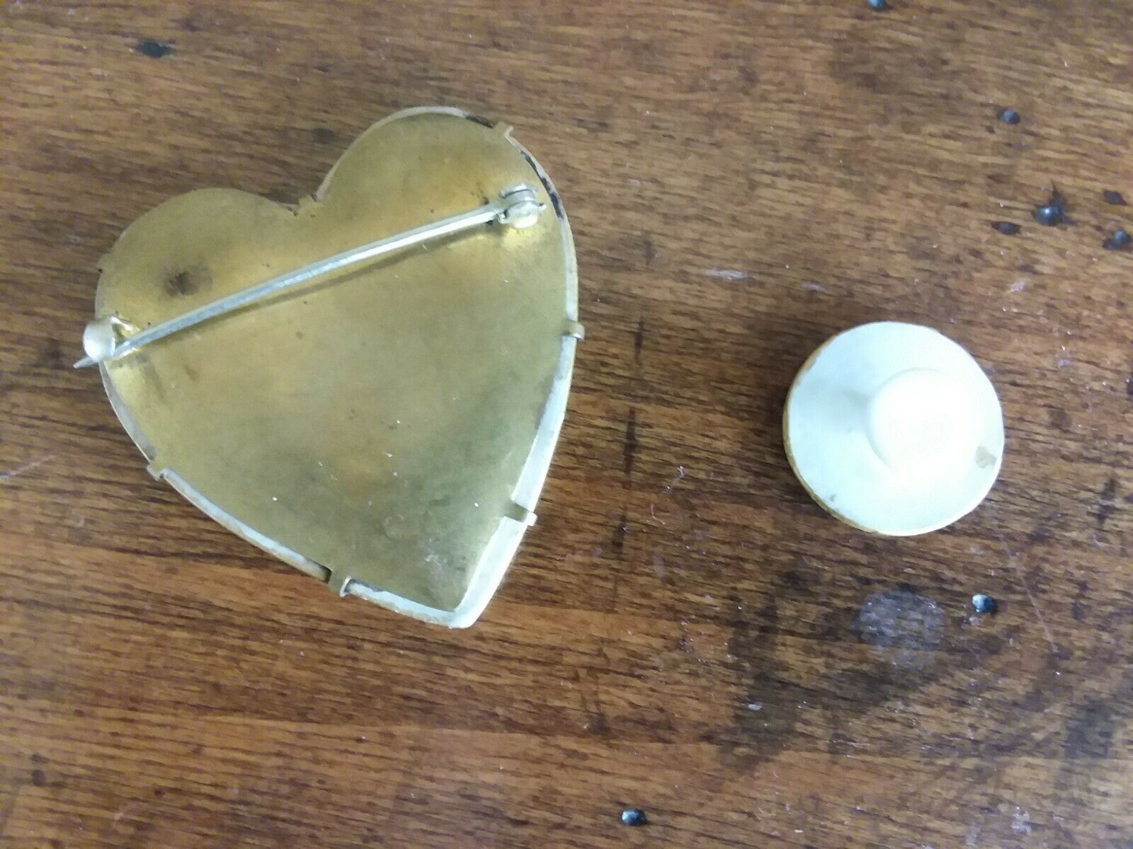 Vintage Porcelain Hand-painted Heart Brooch and m… - image 2